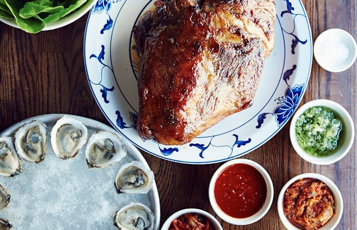 Momofuku oysters and chicken