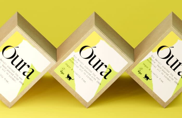 Óura trio of boxes with custom labels